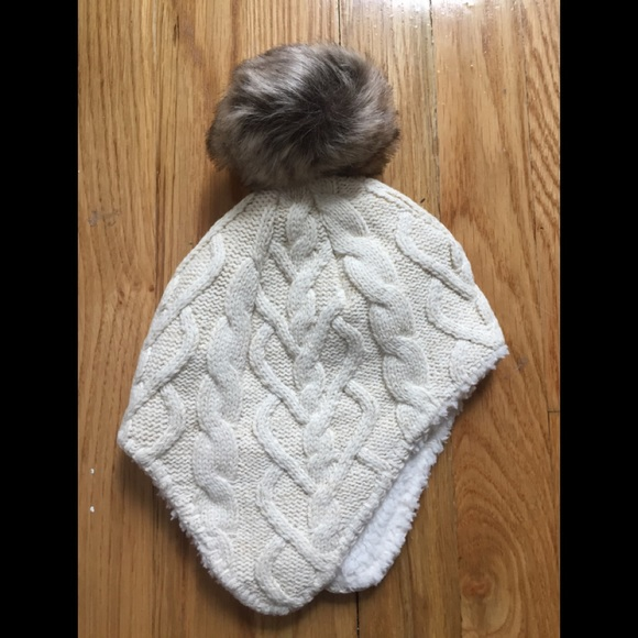 77a3a948d7f Hanna Andersson toddler hat with faux fur pompom